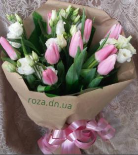 тюльпан с эустомой